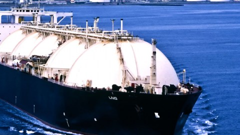 Pavilion Energy brings first LNG cargo into Singapore